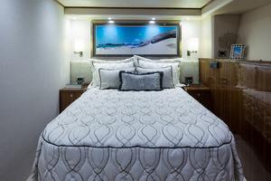 Viking 93 Motor Yacht-2020-NEW BUILD NEW BUILD-New York-United StatesPort Guest Stateroom  1203974 thumb