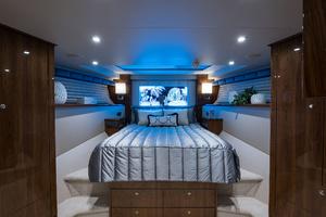 Viking 93 Motor Yacht-2020-NEW BUILD NEW BUILD-New York-United StatesForward Stateroom  1203972 thumb