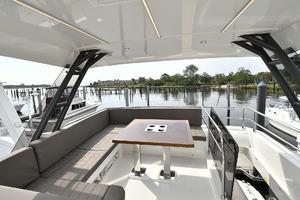 Prestige 520 Fly-2019 -Staten Island-New York-United StatesFlybridge Seating with Table 1072965 thumb