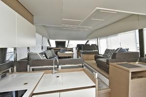 Prestige 520 Fly-2019 -Staten Island-New York-United StatesSalon  1072974 thumb