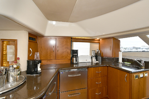 52' Silverton 52 Ovation 2009 Galley