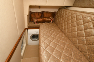 52' Silverton 52 Ovation 2009 Guest Stateroom
