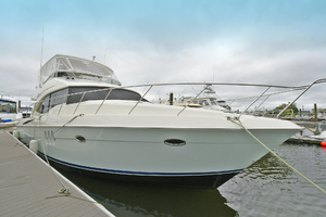 52' Silverton 52 Ovation 2009 Bow