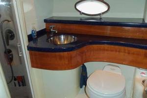 48' Cranchi Atlantique 48 2005 Guest Head