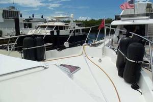 74' Hatteras Motoryacht Sport Deck 1996 Bow