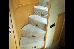 74' Hatteras Motoryacht Sport Deck 1996 Forward Acommodation Steps