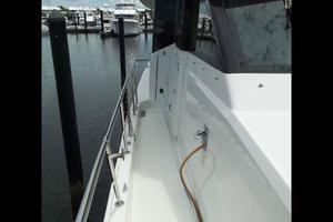 74' Hatteras Motoryacht Sport Deck 1996 Partial Side Deck