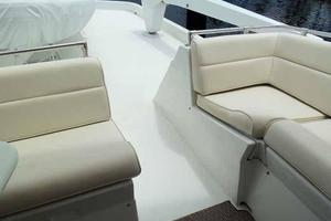 74' Hatteras Motoryacht Sport Deck 1996 Walk Thru to Boat Deck