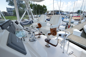 35' Cabo 35 Convertible 2002 Flybridge Helm & Companion Chairs