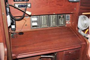 40' Islander P40 1985