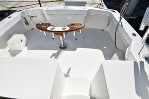 Moonstruck Bay is a Albemarle 33XF Yacht For Sale in Hampton--5