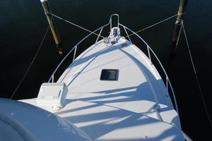 Moonstruck Bay is a Albemarle 33XF Yacht For Sale in Hampton--32