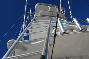 Moonstruck Bay is a Albemarle 33XF Yacht For Sale in Hampton--28