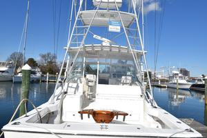 Moonstruck Bay is a Albemarle 33XF Yacht For Sale in Hampton--7