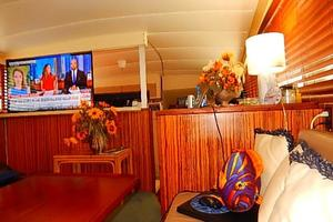 46' Bertram Motor Yacht 1974 Salon looking forward