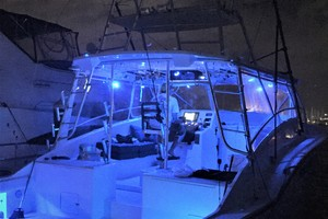 45' Hatteras Custom 45 Express 1969 Hatteras Custom 45 Express Sportfisherman LED Lighting
