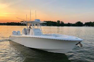 Invincible 33' 33 Open Fisherman 2018