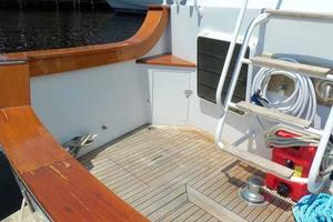 68' Stephens LRC/Trawler 1978 Cockpit