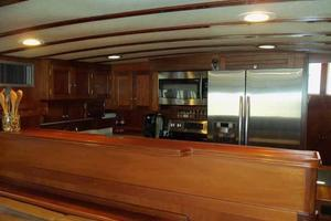 68' Stephens LRC/Trawler 1978 Galley from Salon