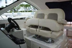47' Sea Ray 470 Sundancer 2012 Helm/Companion Seat