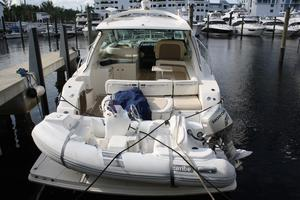 47' Sea Ray 470 Sundancer 2012 Stern View