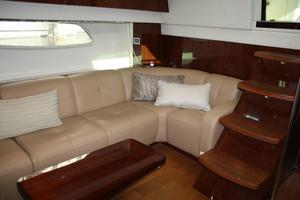 47' Sea Ray 470 Sundancer 2012 Salon