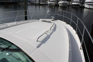 47' Sea Ray 470 Sundancer 2012 Foredeck