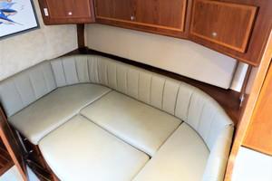 40' Topaz 40 Express 2005 TOPAZ 40 Express Dinette Bed