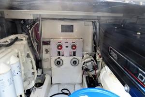 40' Topaz 40 Express 2005 TOPAZ 40 Express Engine Room