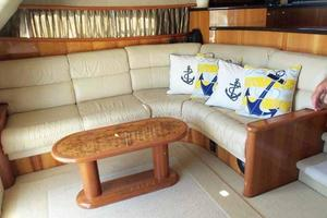 56' Neptunus 56' Flybridge 2004 Salon Sofa to Port