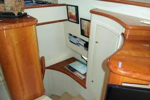 56' Neptunus 56' Flybridge 2004 Steps to Below