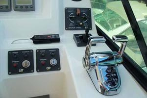 56' Neptunus 56' Flybridge 2004 Helm Outboard