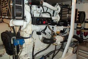 56' Neptunus 56' Flybridge 2004 Port Engine