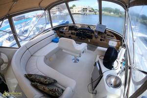 44' Carver 444 Cockpit Motor Yacht 2004