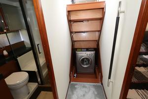 55' Prestige 550 2015 Under Stair Combo