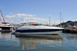 52' Cruisers Yachts 520 Express 2005