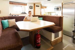 121' Sunseeker Sunseeker 37m 2009 Crew Lounge