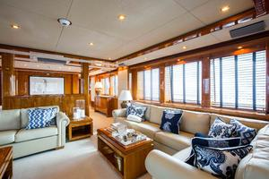 111' Sunseeker Sunseeker 110 2009 Main Salon