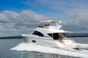 54' Riviera Belize 54 Daybridge 2015 Riviera 54 Belize Daybridge Running