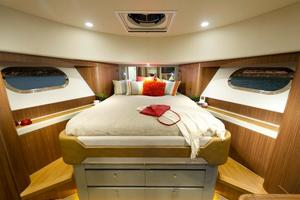 54' Riviera Belize 54 Daybridge 2015 Riviera 54 Belize Daybridge VIP Cabin