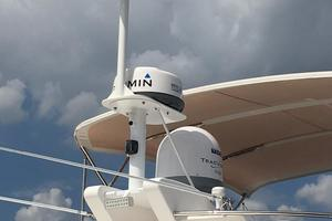 54' Riviera Belize 54 Daybridge 2015 Riviera 54 Belize Daybridge Mast with FLIR and Sat TV
