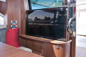 54' Riviera Belize 54 Daybridge 2015 Riviera 54 Belize Daybridge Pop-up Salon TV