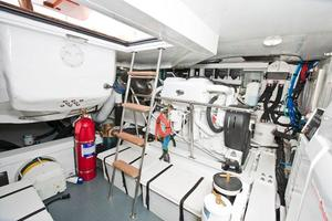 54' Riviera Belize 54 Daybridge 2015 Riviera 54 Belize Daybridge Engine Room