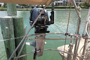 38' Sabre 386 2006 15 HP Yamaha Outboard