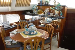 photo of Carver-506-Aft-Cabin-Motor-Yacht-2000-Country-Boy-Red-Wing-Minnesota-United-States-Dinette-919380