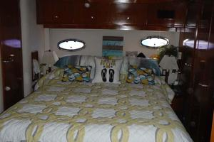 photo of Carver-506-Aft-Cabin-Motor-Yacht-2000-Country-Boy-Red-Wing-Minnesota-United-States-Master-Stateroom-919382