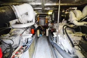 48' Sea Ray 480 Sedan Bridge 1999 Engine Room Forward