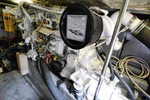 48' Sea Ray 480 Sedan Bridge 1999 Starboard Engine