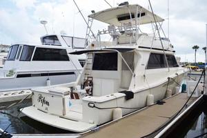 53' Viking Convertible 1990 Starboard View