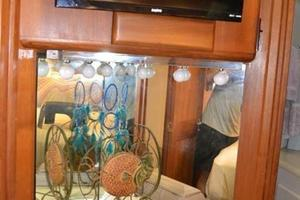 53' Viking Convertible 1990 Master Stateroom Make-Up Vanity